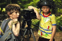 Bill Milner and Will Poulter in Son of Rambow