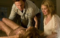 Sara Paxton, Monica Potter and Tony Goldwyn in Last House On The Left