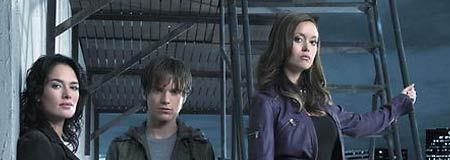 Lena Headey - Thomas Dekker and Summer Glau in Terminator: The Sarah Connor Chronicles