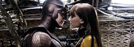 Patrick Wilson as Nite Owl II and Malin Akerman as Silk Spectre II in Watchmen