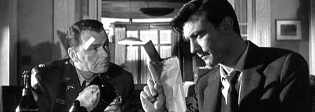 Frank Sinatra and Laurence Harvey in The Manchurian Candidate