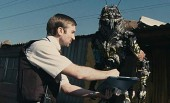 District 9 midnight screenings expanded nationwide