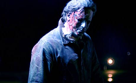 Tyler Mane as Michael Myers in a scene from Halloween II