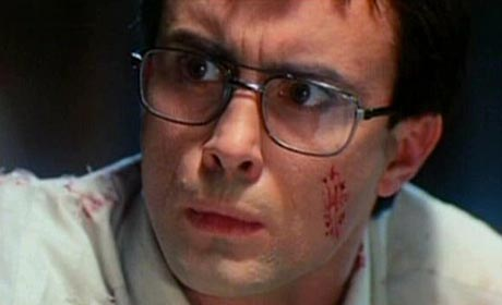 Jeffrey Combs in Re-Animator