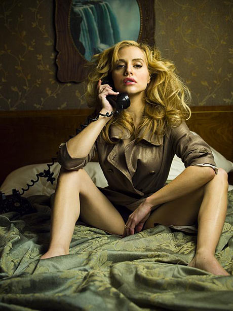 Brittany Murphy in Across the Hall