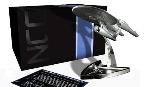 Amazon Exclusive Star Trek Limited Edition Replica Gift Set with Three-Disc plus Digital Copy Blu-ray