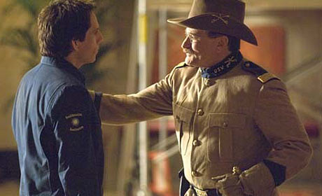 Ben Stiller and Robin Williams in Night at the Museum: Battle of the Smithsonian