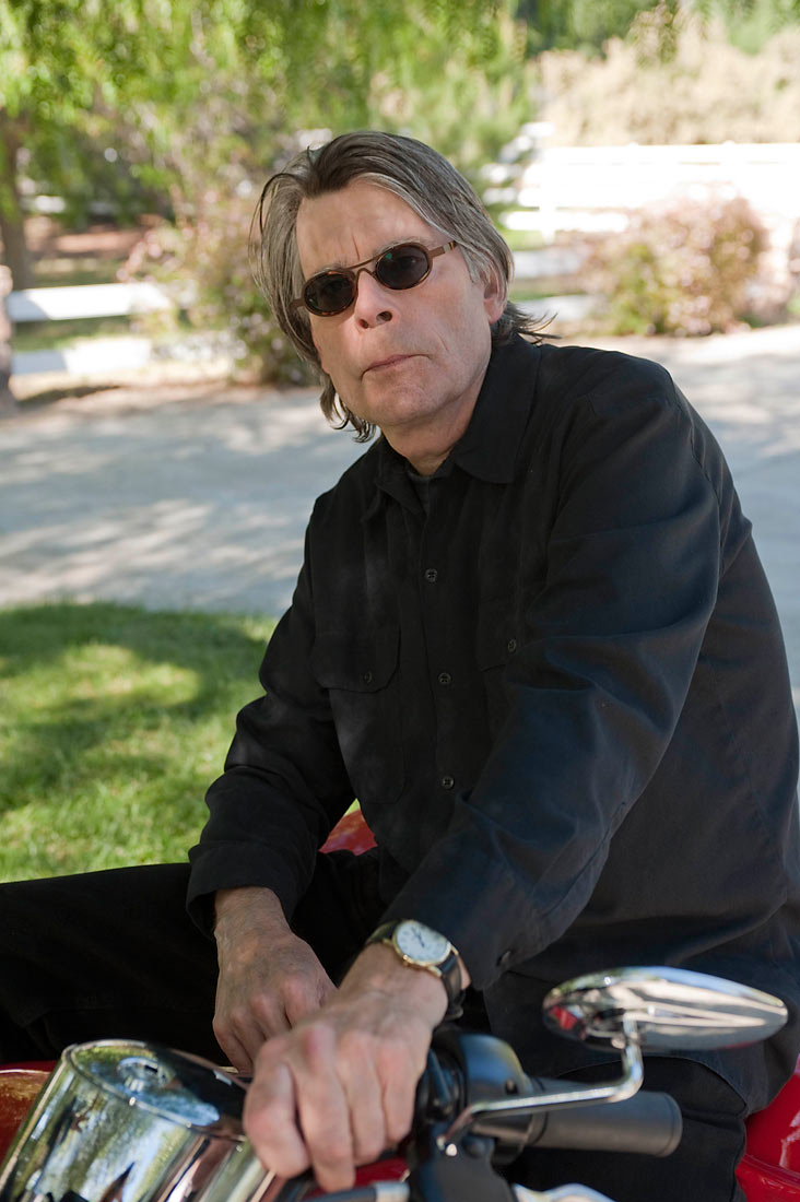 the life and influences of stephen king Stephen king is an american author who has written over fifty different suspense, science fiction, fantasy, and drawn-out horror novels all of which, to.
