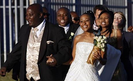 Kenneth Nkosi and Zandile Msutwana in White Wedding
