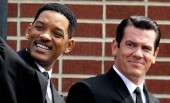 First images of Will Smith and Josh Brolin from Men in Black 3