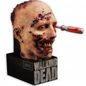 Details on The Walking Dead Second Season disc release and limited edition McFarlane Toys case