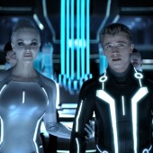 Garrett Hedlund and director to return for Tron 3