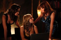 femme-fatales-television-show-images-4