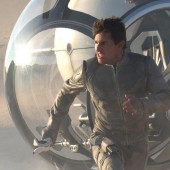 Tom Cruise to host free screening and live 9 city simulcast Q&A for sci-fi epic Oblivion