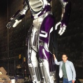 Bryan Singer reveals a Sentinel from X-Men: Days of Future Past