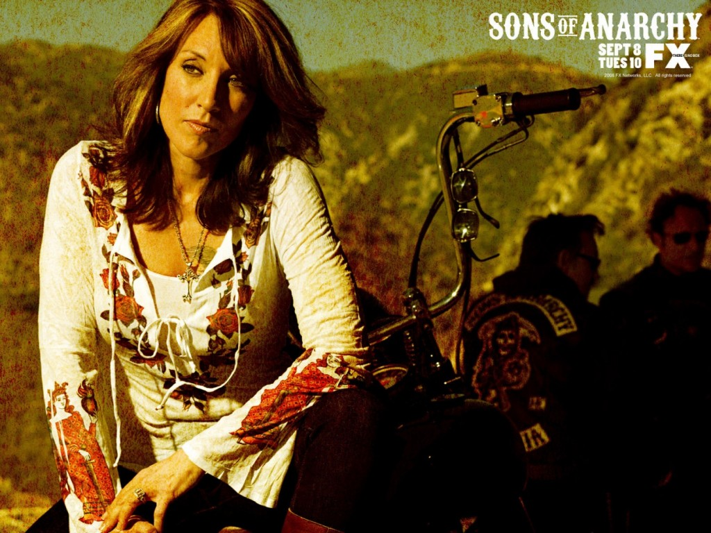 katey-sagal-sons-of-anarchy-tv-show-images