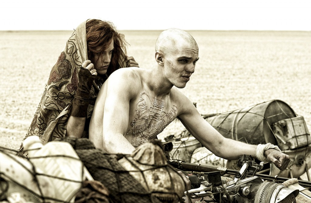 276-mad-max-fury-road-film-images