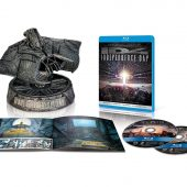 Independence Day 20th Anniversary 2-Disc Ultimate Collector's Edition Blu-ray with Alien Attacker Statue + Concept Art Booklet