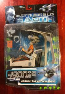EXTREMELY RARE Trendmasters Battlefield Earth Jonnie in Learning Chair with History Book and Psychlo Blaster (1999)