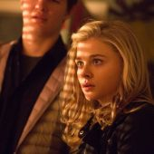 Trailer for new Chloë Grace Moretz, Ansel Elgort thriller November Criminals