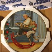 Official Norman Rockwell Christmas Plate 1976 – Royal Devon