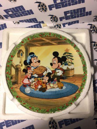 Walt Disney Mickey's Christmas Carol Limited Edition Plate – God Bless Us, Every One by Lisa Keene #4289