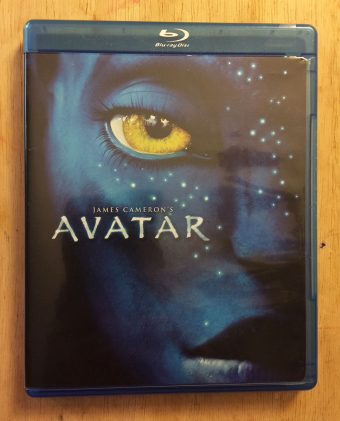 James Cameron's Avatar 2-Disc Combo (Blu-ray/DVD) Edition