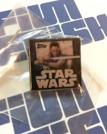 NYCC 2017 Topps Star Wars: The Last Jedi Rey (Daisy Ridley) Pin Collectible Limited Edition