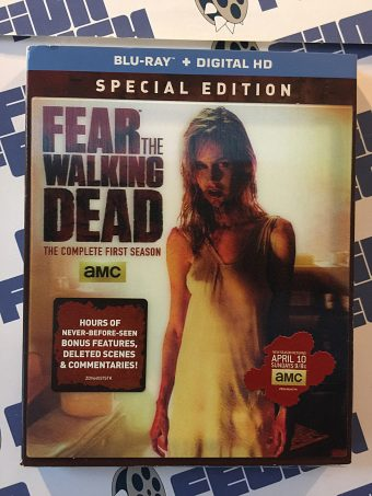 Fear the Walking Dead The Complete First Season Special Edition Blu-ray with Lenticular Slipcover