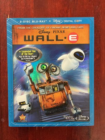 Disney Pixar Wall E 3-Disc Blu-ray Edition with Slipcover