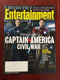 Entertainment Weekly Magazine (December 11, 2015) Captain America, Black Panther, Iron Man