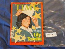 Time Magazine (March 28, 1977) New Queen of Comedy Lily Tomlin [19019]