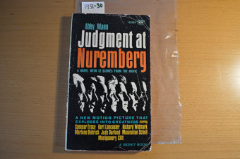 Judgment at Nuremberg Movie Tie-In Edition Signet Paperback D2025 (1961) [193130]