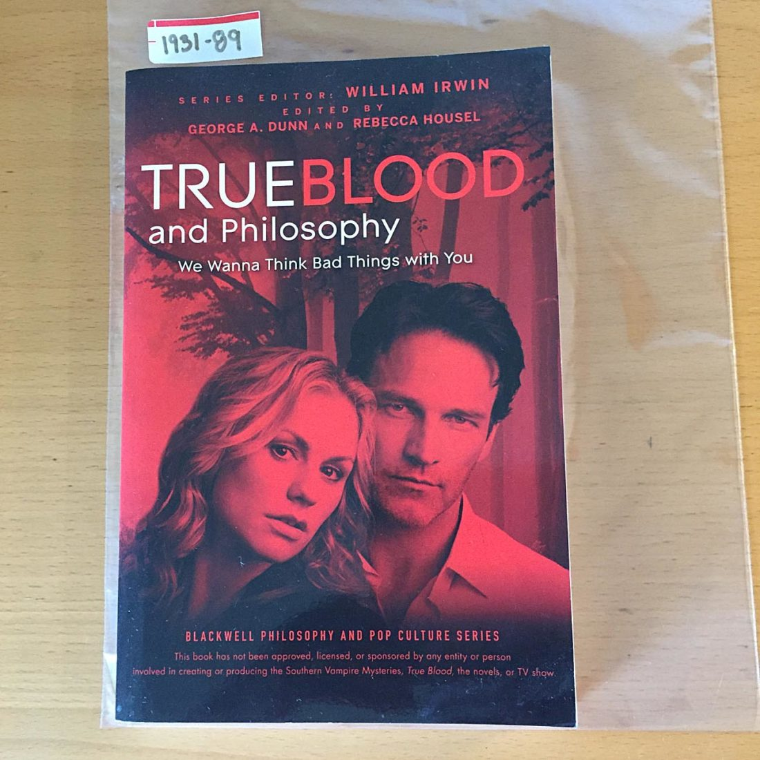 True Blood and Philosophy: We Wanna Think Bad Things with You (2010) [193189]