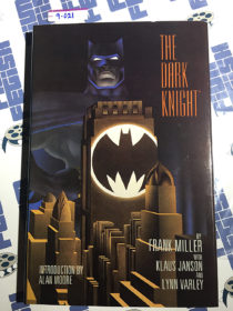 The Dark Knight Limited Hardcover Edition SIGNED by Frank Miller, Klaus Janson and Lynn Varley (1986)