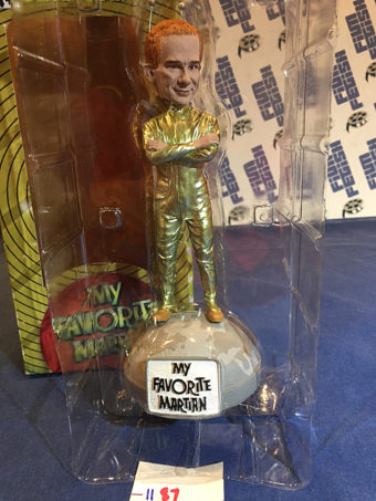 Factory Entertainment My Favorite Martian Uncle Martin Shakems (Ray Walston) Collectible Figure