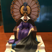 Walt Disney's Classics Collection Snow White and the Seven Dwarfs Evil Queen Seated Statue