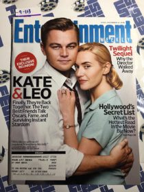Entertainment Weekly Magazine (Dec. 19, 2008) Kate Winslet, Leonardo DiCaprio [9113]