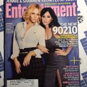 Entertainment Weekly Magazine (Sept 5, 2008) Jennie Garth, Shannen Doherty [9226]