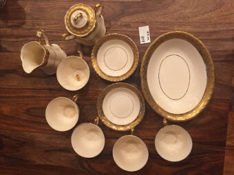 Reliable China Decorating Co. 10 Piece 22-Karat Gold Trimmed Tea Set (Vintage U.S.A. Made)