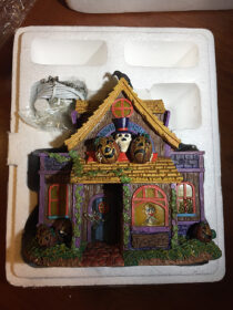 Hundred Acre Wood Movie House from Pooh's Haunted Acre Halloween Village Collection – Sculpture No. A0037