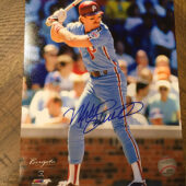 Philadelphia Phillies Third Baseman Mike Schmidt Signed 8 x 10 Full Color Photo + Event Ticket (2019)