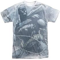 DC Comics Batman In Action With Utility Belt T-Shirt BM2493