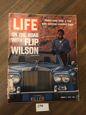Life Magazine (August 4, 1972) On The Road With Comedian Flip Wilson Cover, Undercover Cops [J95]
