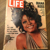 Life Magazine (December 8, 1972) Singer Diana Ross Cover, Motown, The Supremes [J99]