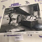 Marlowe Original Press Photo – Bruce Lee, James Garner [F85]