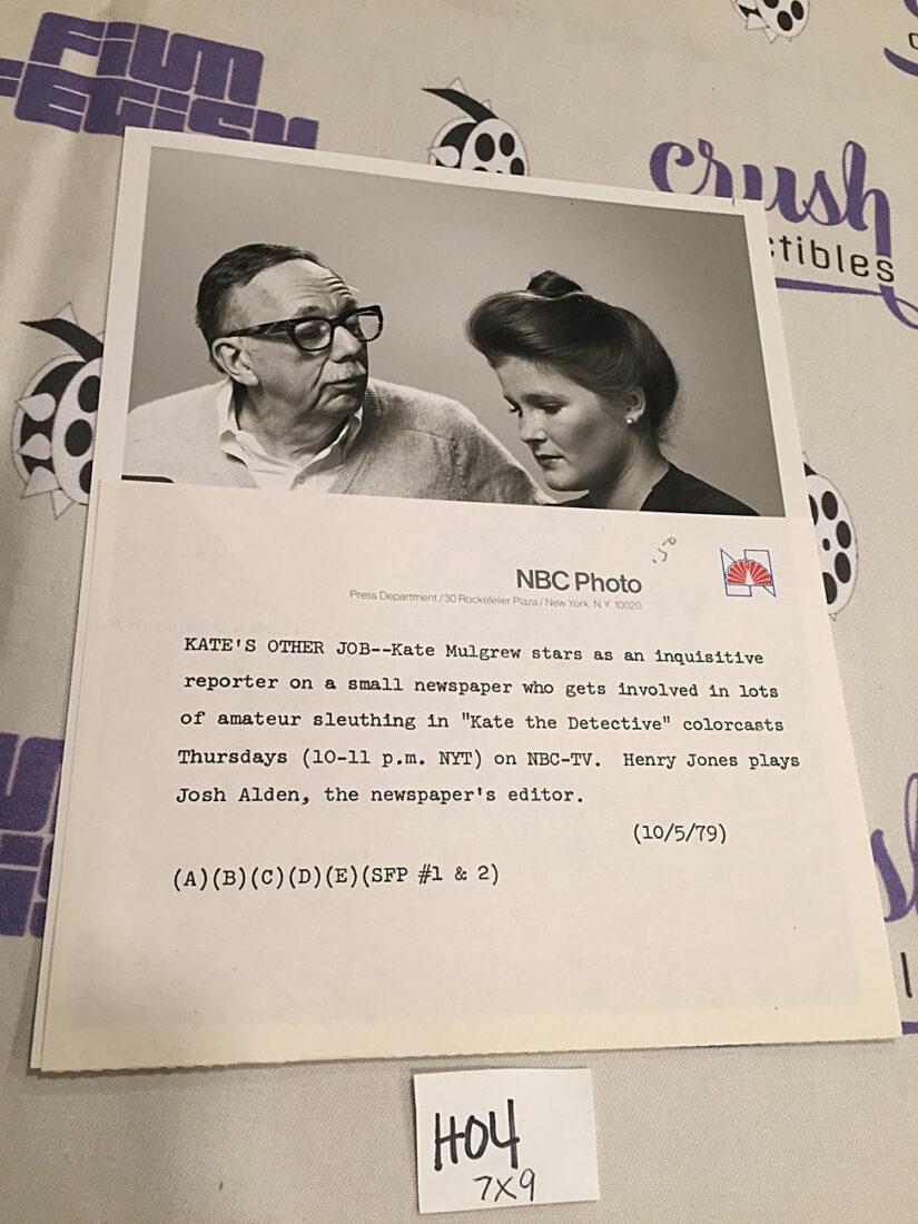 Kate the Detective Original 7×9 inch Press Publicity Photo – Kate Mulgrew, Henry Jones [H04]
