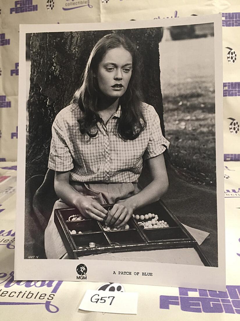 A Patch of Blue Original 8×10 inch Press Photo Lobby Card, Elizabeth Hartman [G57]