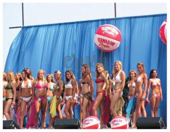Miss Hawaiian Tropic 2005 Regional Bikini Model Contest Atlantic City, New Jersey Group Photo [210803-0005]