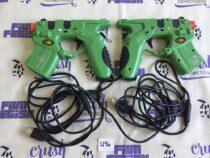Microsoft Xbox Set of 2 Mad Catz Blaster 4588 Light Blaster Game Controller [U96]